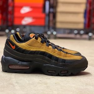 Nike Air Max 95 Essential Mens Shoes Black Multi